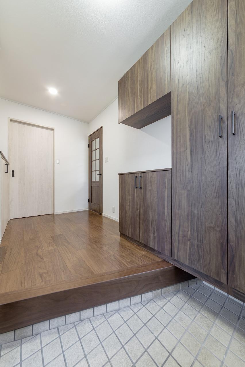 【廿日市市】玄関収納スペースを大幅にUPできた理由
