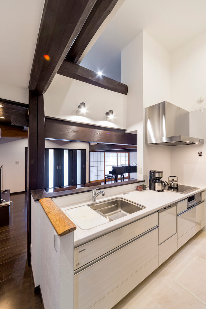 動きやすく使いやすく生まれ変わった古民家キッチン