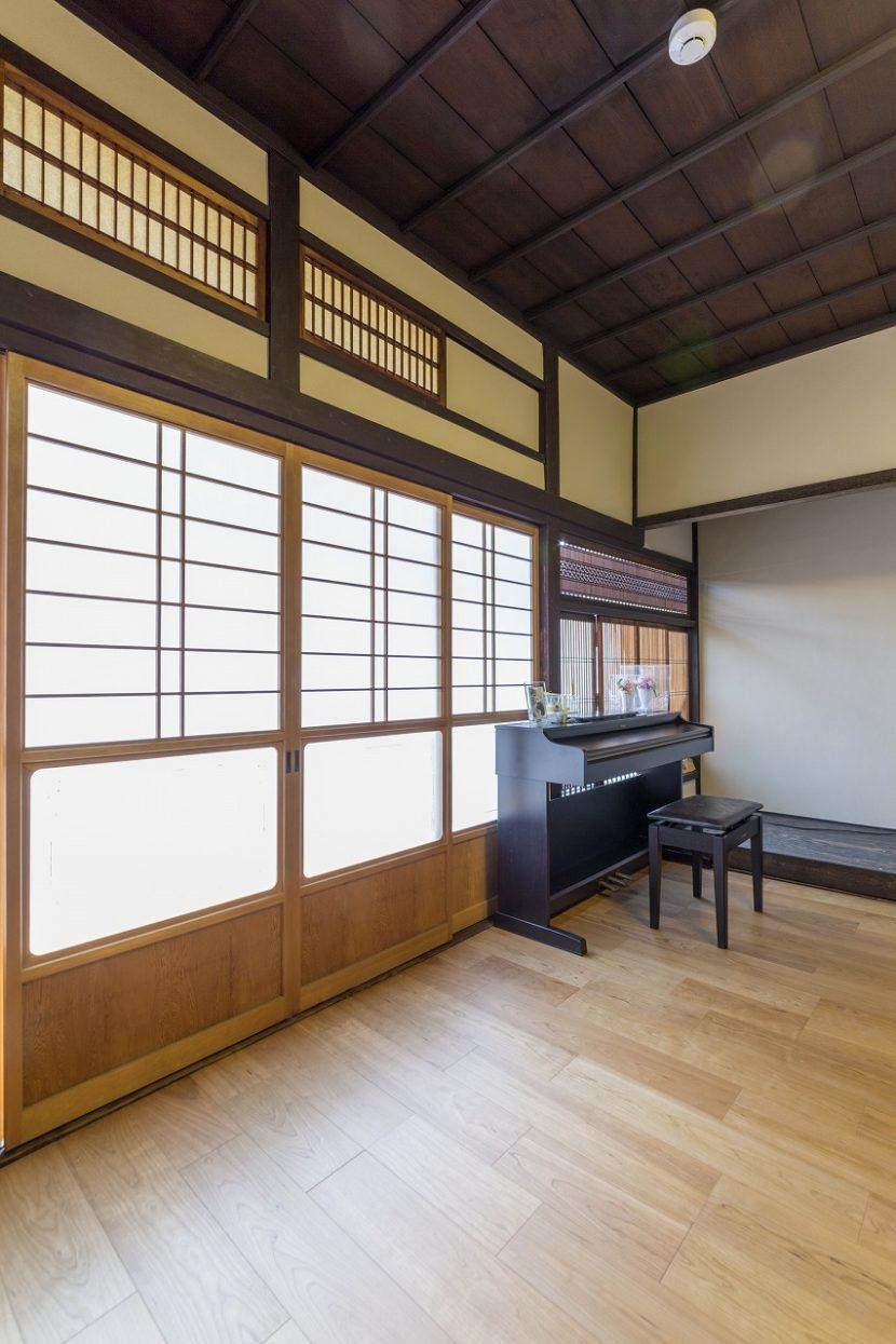 2階の和室は子ども部屋にするため続き間から2つの洋室に変更しました。