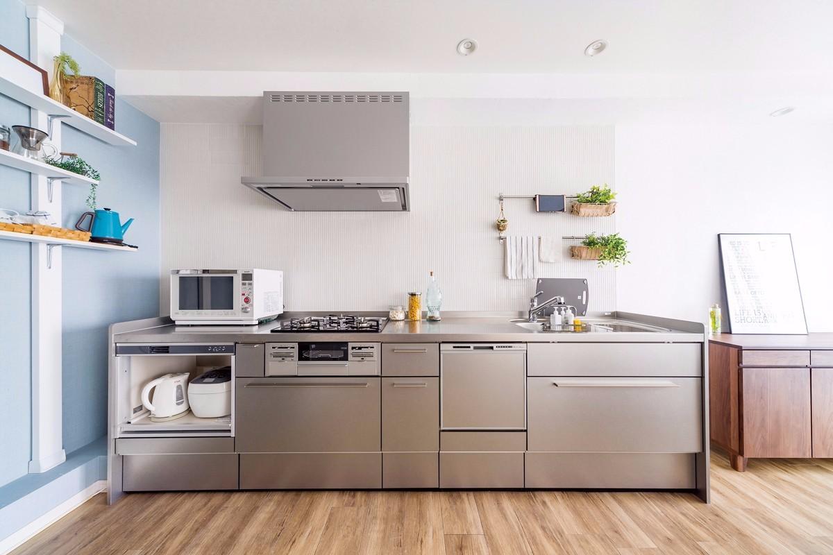 独立型壁向きキッチンをおしゃれな空間に