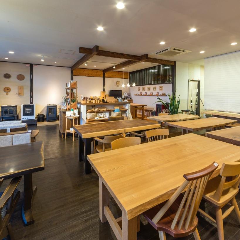 家具とペレットストーブ