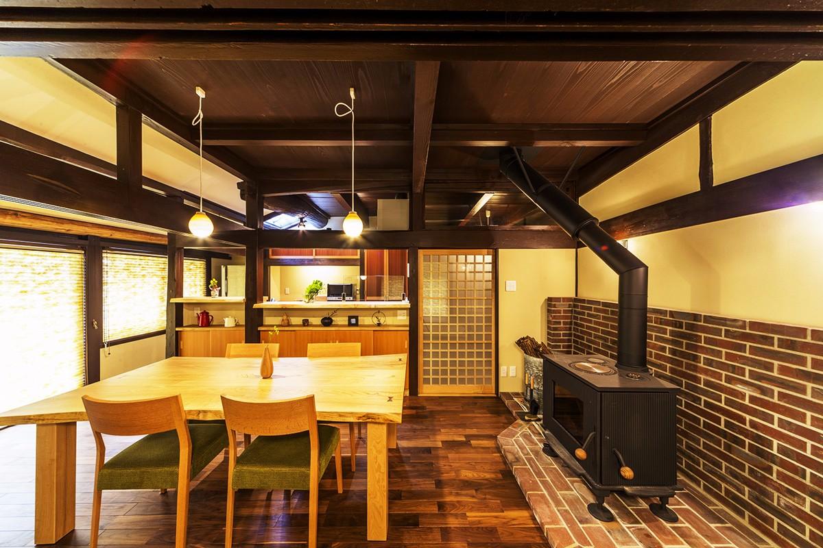 江戸時代から継ぐ、二世帯同居の家