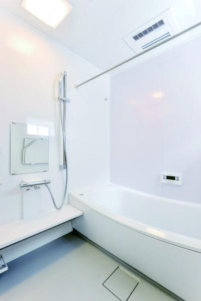 【広島市】くつろぎ感高まるバスルーム