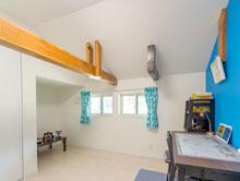 【安芸郡熊野町】梁をアクセントにした明るい子供部屋