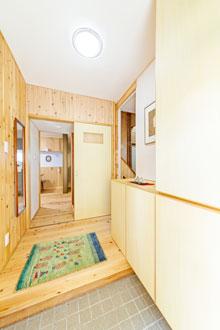 【東広島市】玄関の冷気をシャットアウト