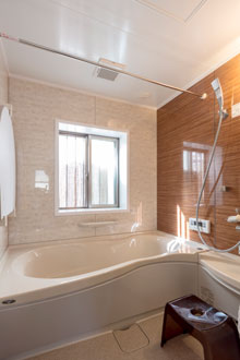 【東広島市】サイズダウンした浴室はあったかミストで快適