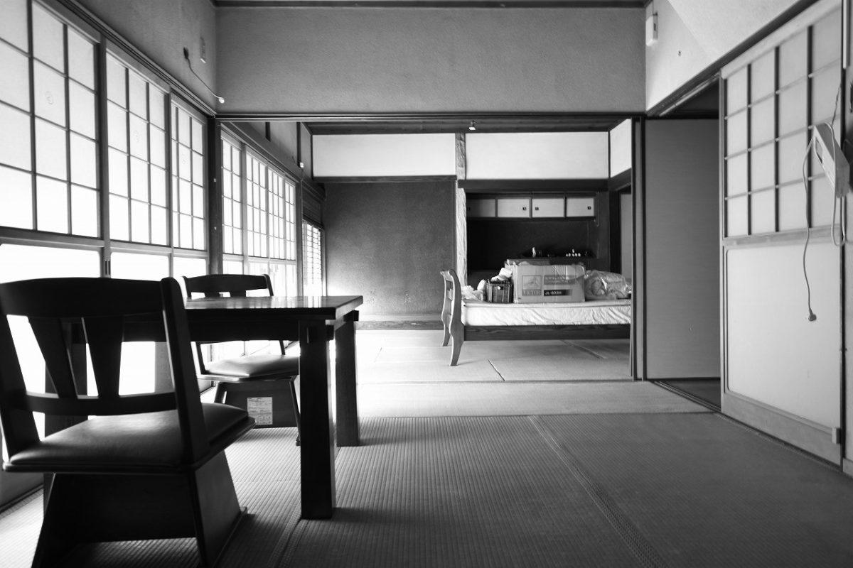 昭和初期の民家にしては上質な設えでした。