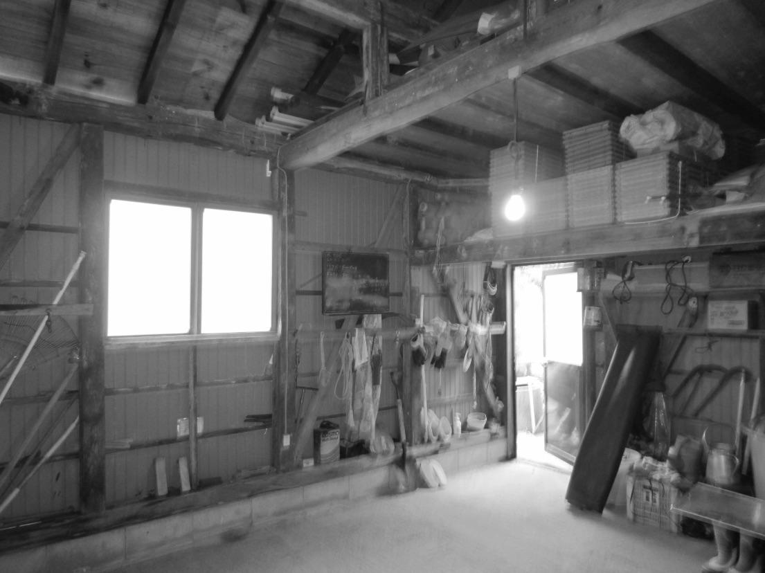 農機具などが置かれていた倉庫を生かして、ワークルームにすることに。